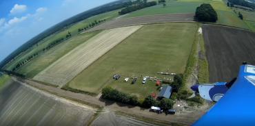 Luchtfoto van ons veld